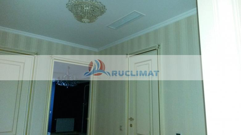 Потолочная решетка системы канальной вентиляции